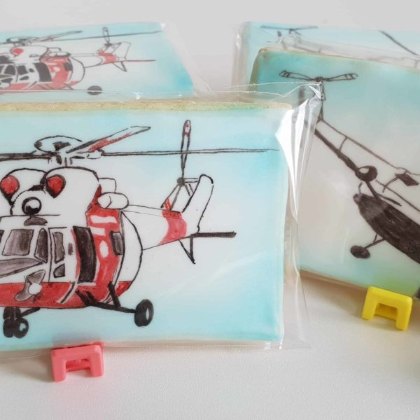 Lukrowane ciasteczka z grafiką, ręcznie malowane pierniki, podziękowania dla gości, helikopters, PZL świdnik - Basia sweets