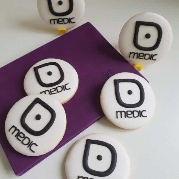 ciastka reklamowe, Lukrowane ciasteczka / pierniczki z logo, ciastka dla firm