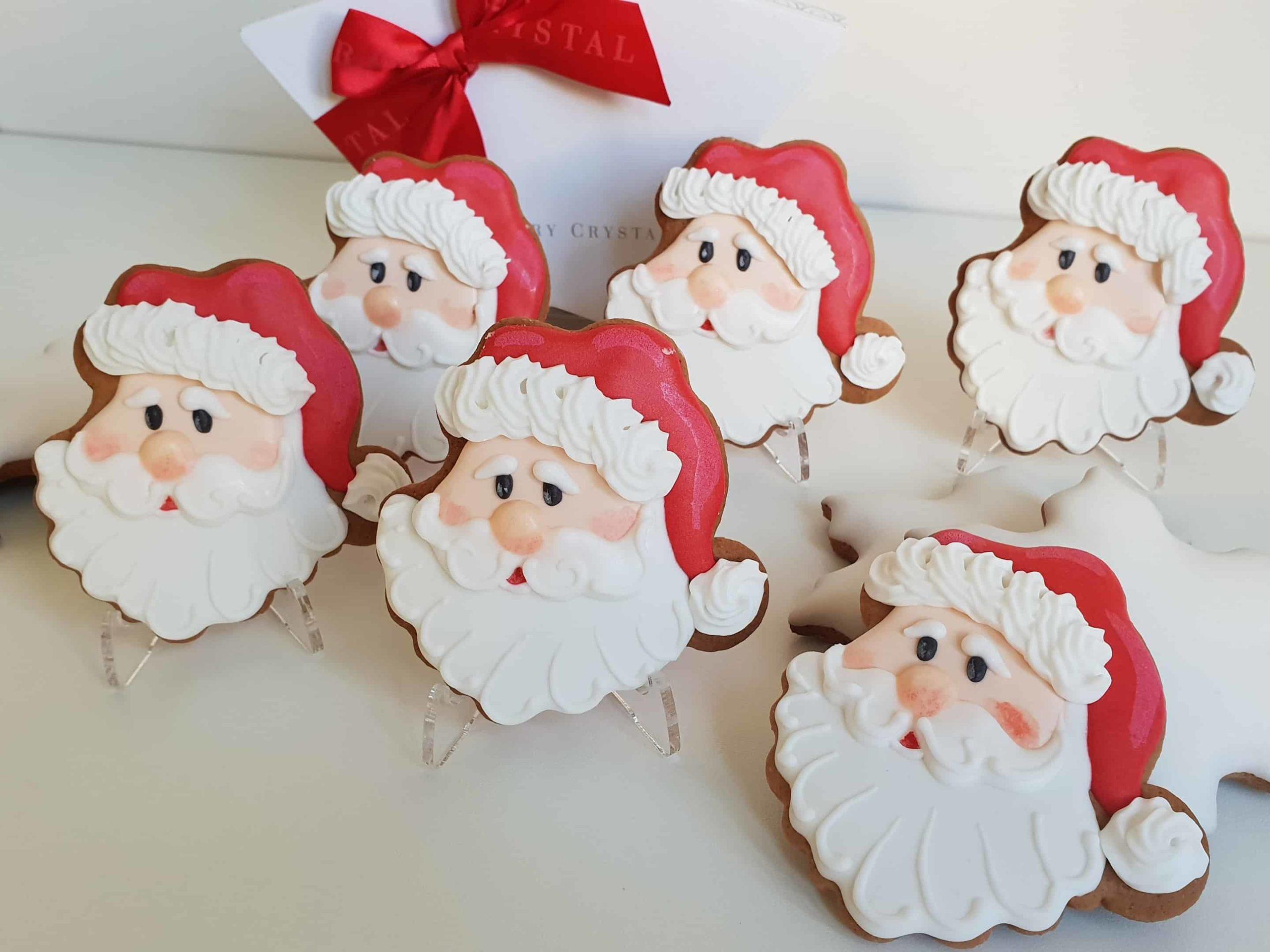 Świąteczne ciasteczka, Lukrowane pierniczki, pierniczki bożonarodzeniowe, głowa mikołaja, Mikołaj, pierniki na zamówienie - Basia sweets