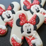Lukrowane ciasteczka literki, Myszka Miki Mini, personalizowane ciasteczka urodzinowe Basia sweets