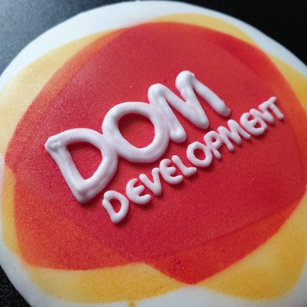 ciastka reklamowe, słodycze reklamowe, materiały promocyjne, Dom Development, ciasteczka z logo, promocja firmy - Basia sweets