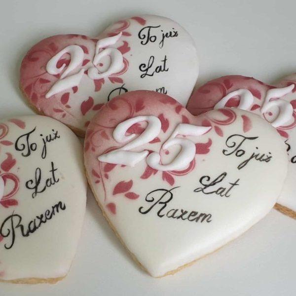 ciasteczka na rocznicę ślubu, rocznica ślubu, podziękowania dla gości, lukrowane ciasteczka Basia sweets