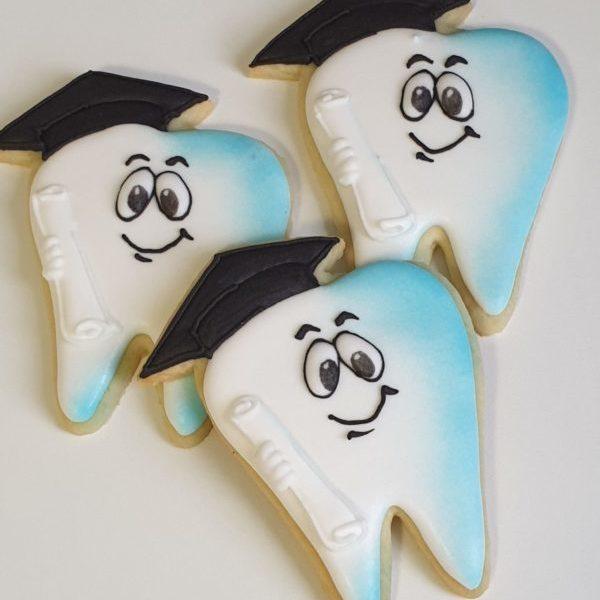ciasteczka zęby, ciasteczka na obronę doktoratu, dla dentysty, personalizowane ciastka Basia sweets