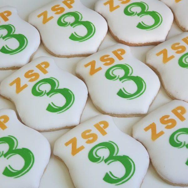 ciasteczka na dzień nauczyciela, dla nauczyciela, ciastka z logo, tarcza szkolna, ciastka reklamowe Basia sweets