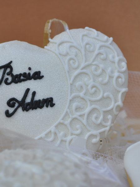 Ciasteczka ślubne z koronką, podziękowania ślubne, podziękowania ślubne dla gości, lukrowane ciasteczka na wesele Basia sweets