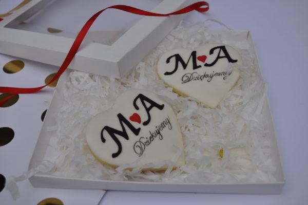 podziękowania ślubne z inicjałami, podziękowania dla gości na ślub, podziękowania na ślub, lukrowane ciasteczka - Basia sweets