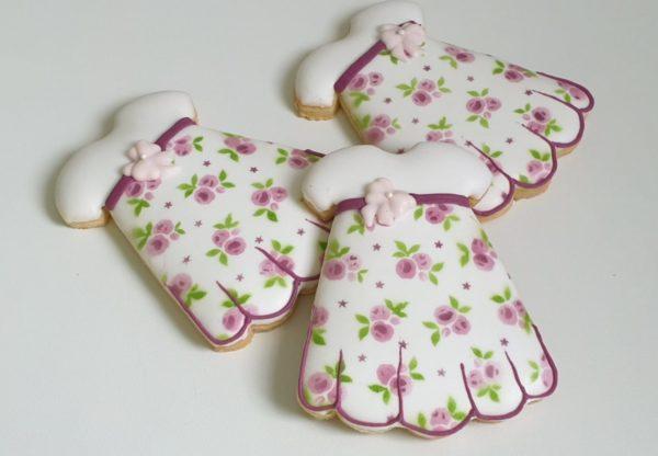 Ciasteczka na chrzest sukieneczka, dla dziewczynki, podziękowania dla gości na chrzest, Lukrowane ciasteczka Basia sweets