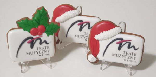 Pierniki świąteczne, logo w czapce mikołaja, pierniczki bożonarodzeniowe dla firm, pierniki reklamowe, ręcznie dekorowane pierniki bożonarodzeniowe, lukrowane pierniczki, pierniczki personalizowane - basia sweets