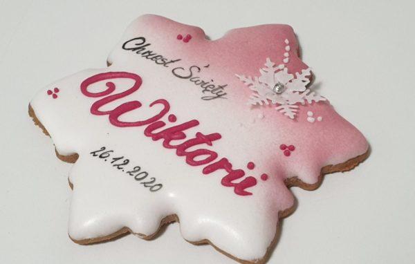 pierniczki na chrzest w Bożenarodzenie, podziękowania dla gości na chrzest, podziękowania na chrzest, podziękowania chrzest, pierniki bożonarodzeniowe, lukrowane pierniczki, pierniki reklamowe, świąteczne pierniki, pierniki ozdobne, pierniczki personalizowane, lukrowane ciasteczka Basia sweets