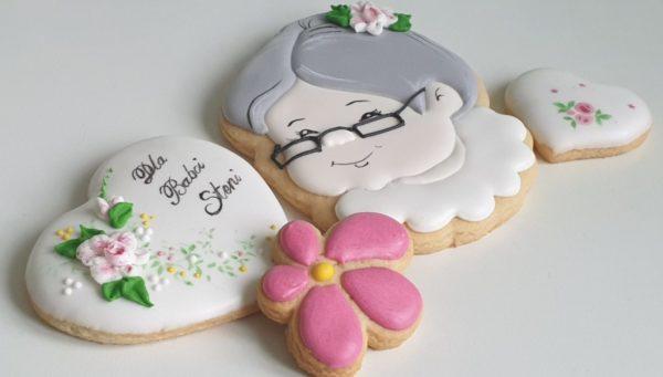 Lukrowane pierniki, Dzień Babci i Dziadka, pierniki dla babci, ciasteczka głowa babci, ciasteczka głowa dziadka, lukrowane ciasteczka, personalizowane pierniki - Basia sweets